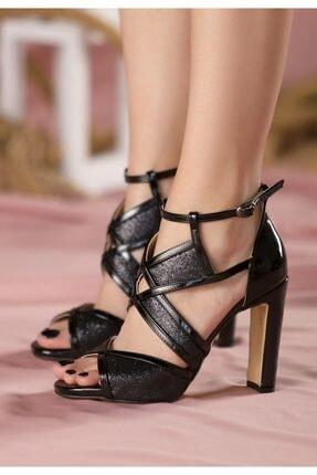 Siyah Rugan Topuklu Ayakkabı 269001