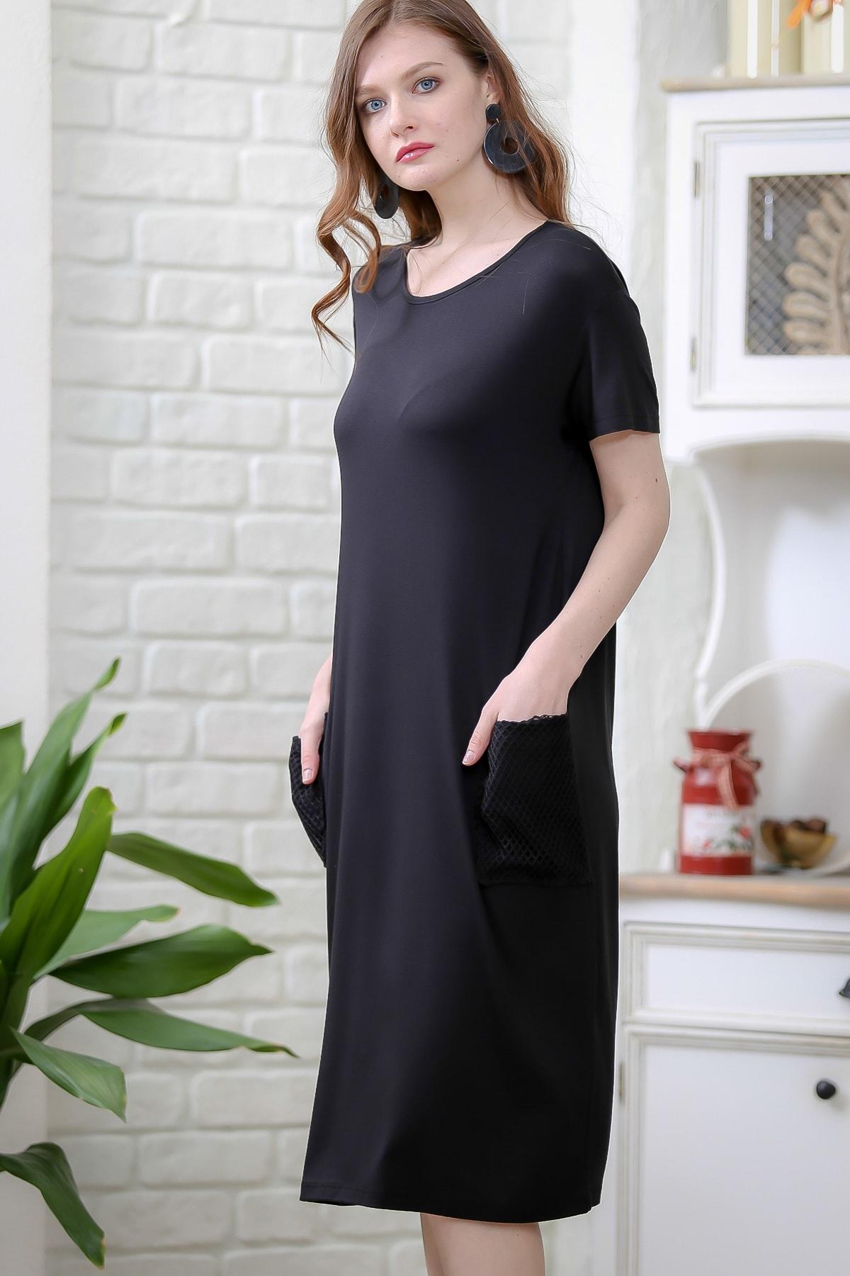 Chiccy Kadın Siyah Retro File Cep Detaylı Kısa Kollu Salaş Elbise M10160000EL97336 2
