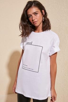 TRENDYOLMİLLA Beyaz Baskılı Boyfriend Örme T-Shirt TWOSS20TS0755 4