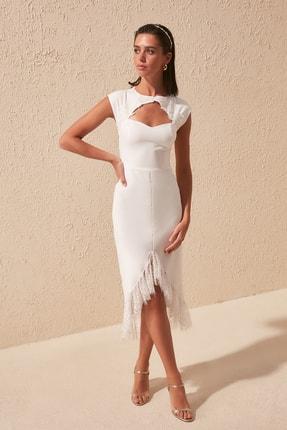 TRENDYOLMİLLA Ekru Yaka Detaylı  Elbise TPRSS20EL1427 1