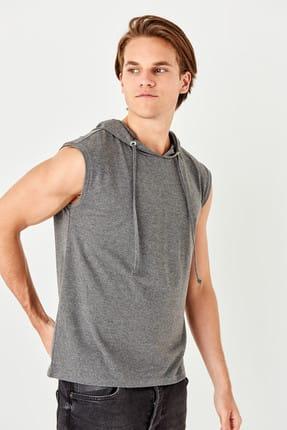 TRENDYOL MAN Antrasit Erkek Slim Fit Kapüşon Detaylı Atlet TMNSS19SE0124 0