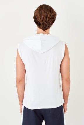 TRENDYOL MAN Beyaz Erkek Slim Fit Kapüşon Detaylı Atlet TMNSS19SE0124 1
