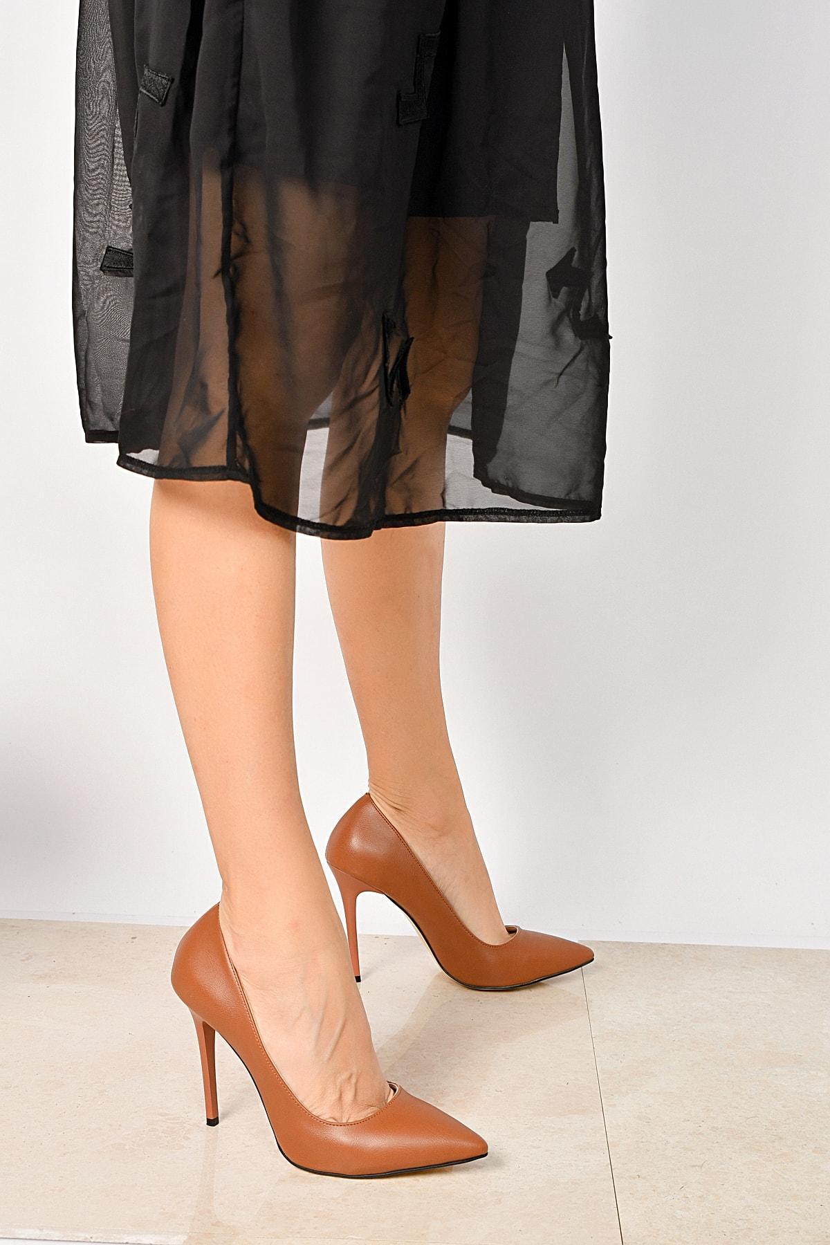 Taba Kadın Klasik Topuklu Ayakkabı 18Y 708