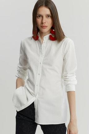 Yargıcı Kadın Kırık Beyaz Bağlama Detaylı Gömlek 9KKGM6160X 1