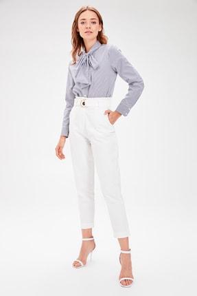 TRENDYOLMİLLA Beyaz Kemerli Pantolon TWOAW20PL0051 2