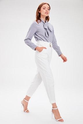 TRENDYOLMİLLA Beyaz Kemerli Pantolon TWOAW20PL0051 1