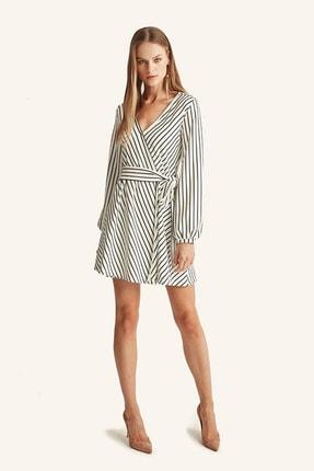 Hanna's Kadın Beyaz Çizgili Kruvaze Kemerli Elbise HN1016 1