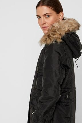 Vero Moda Kadın Siyah Yakası Suni Kürklü Uzun Mont 10215237 VMTYPHOON 1