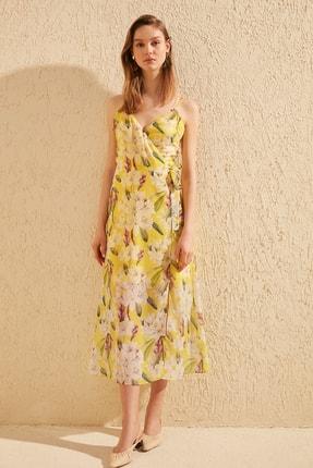 TRENDYOLMİLLA Sarı Çiçek Desenli Elbise TWOSS19EL0107 2