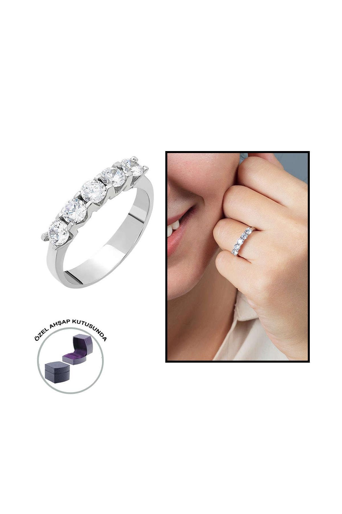 Tesbihane Starlight Diamond Pırlanta Montür Mini Tasarım 925 Ayar Gümüş Bayan Beştaş Yüzük 102001809 0