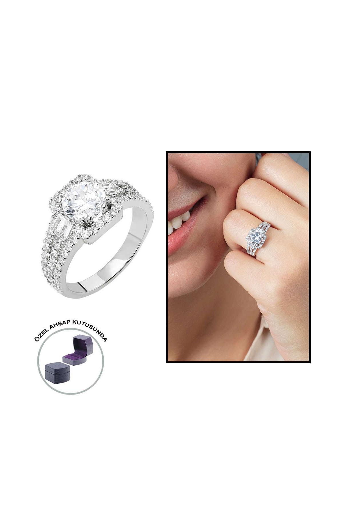 Tesbihane Starlight Diamond Pırlanta Montür Efektli 925 Ayar Gümüş Bayan Baget Yüzük 102001799 0