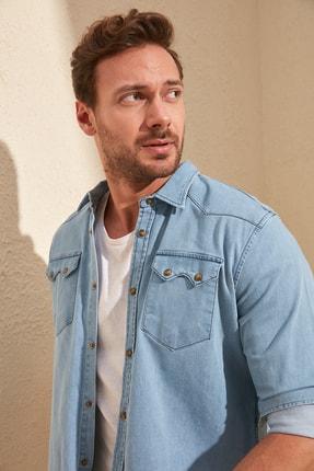 TRENDYOL MAN Mavi Erkek Likralı Kalın Cep Şeritli Regular Fit Denim Gömlek TMNSS20GO0106 2