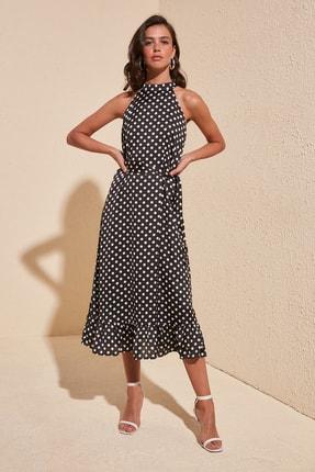 TRENDYOLMİLLA Çok Renkli Kuşaklı Puantiyeli Elbise TWOSS19YD0032 1