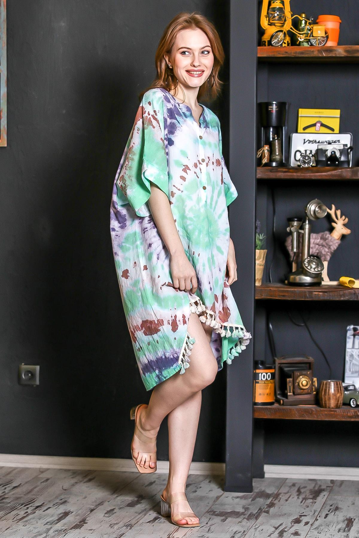 Chiccy Kadın Yeşil Patı Düğmeli Etek Ucu Püsküllü Batik Desen Salaş Elbise M10160000EL95224 3