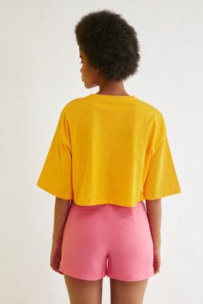 TRENDYOLMİLLA Turuncu Loose Crop Baskılı Örme T-Shirt TWOSS21TS2777 4