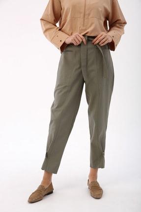 Picture of Açık Yeşil Paça Düğme Detaylı Bel Lastikli Kemerli Pantolon
